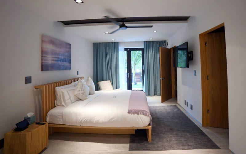 6-1 bedroom