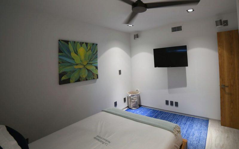 8-1-bedroom